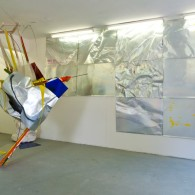 Olaf Bastigkeit, Der Schneider von Hamburg 1, 2011, ca. 280x740x210 cm, mixed materials, Installation view I